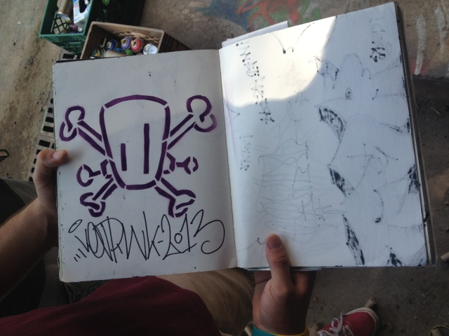 Sure, I'll write in your blackbook... you're gonna need to let this dry for a while before ya close it :)